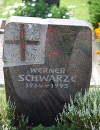 Grabstein Werner Schwarze, 1934-1993